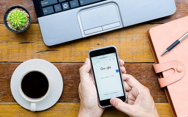 Google v mobile