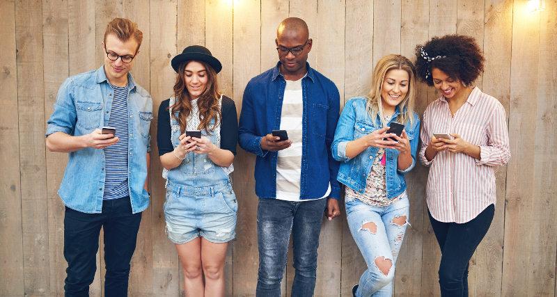 Mileniáni so smarthphonmi