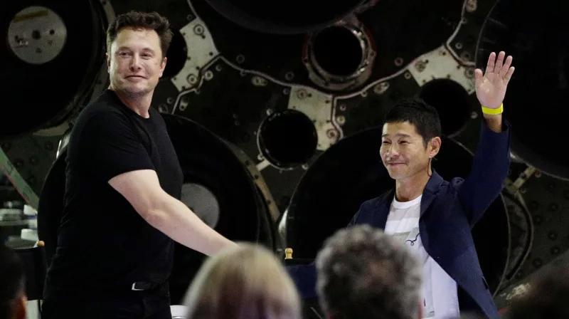 Elon Musk a Yusaku Maezawa