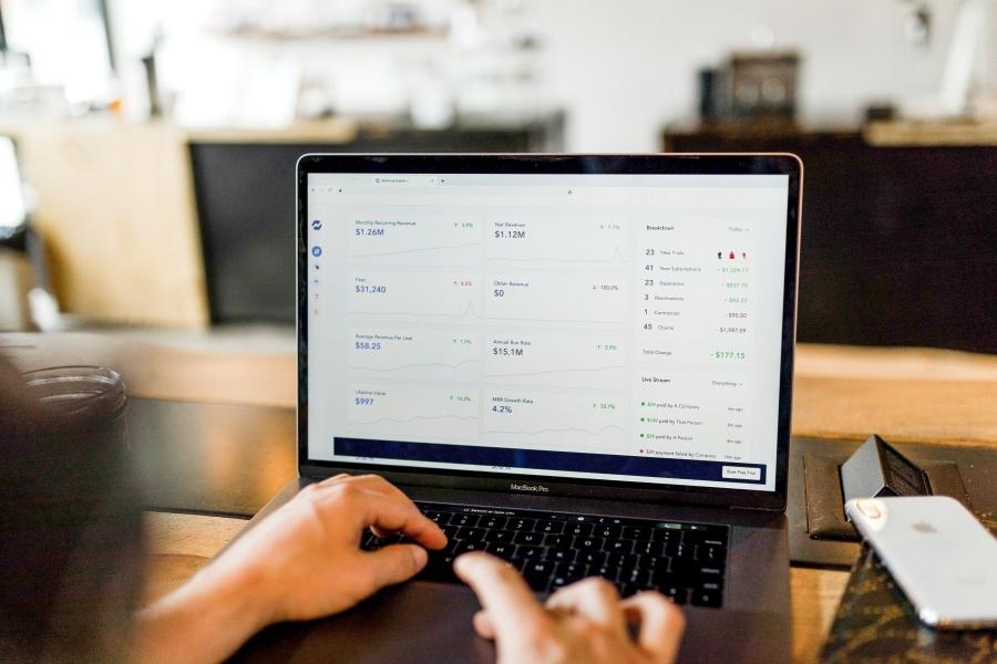 Prehľadný zoznam platforiem pre e-commerce podnikanie
